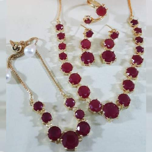 ZIRCON INDIAN COMBO SET WITH ADJUSTABLE RING ROUND (MAROON)
