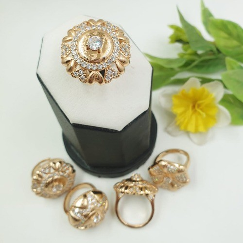 GOLD PLATED ZIRCON STONE, ADJUSTABLE RING, PRINTED DESIGN (CENTER)