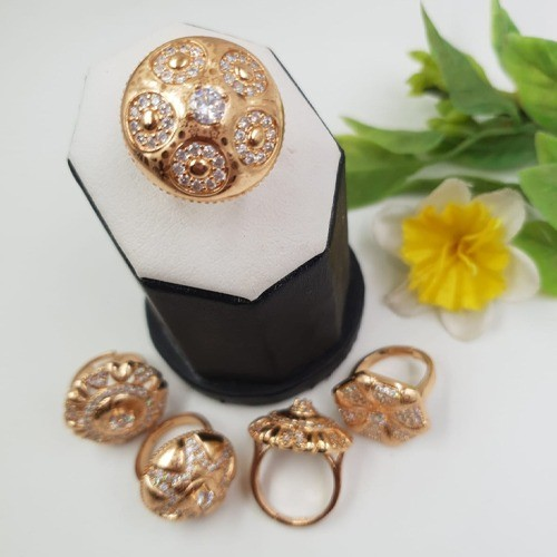 GOLD PLATED ZIRCON STONE, ADJUSTABLE RING, PRINTED DESIGN (ROUND)