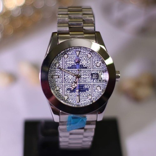 ROLEX STONE WORK WITH DATE WORKING IN STEEL CHAIN